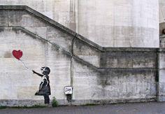 #Banksy #Graffitismo: #critica, #vandalismo o.. #Brasile #2014 #MondialediCalcio #Google #StreetArtProject Tutto il post su #GlobArts: http://glob-arts.blogspot.it/2014/06/graffitismo-critica-vandalismo-street-art-mondiali-Brasile-Banksy-Basquiat-Haring-Pisa.html #Chenepensate?