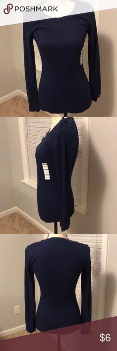 🆕Old Navy Thermal shirt NWT Navy Blue thermal shirt Old Navy Tops