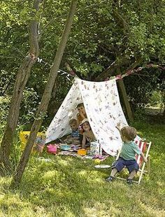Creative and Cool Ways to Reuse Old Bed Sheets.- Creative and Cool Ways to Reuse Old Bed Sheets. Creative and Cool Ways to Reuse Old Bed Sheets 32 - Diy For Kids, Cool Kids, Crafts For Kids, Outdoor Play Spaces, Outdoor Fun, Outdoor Games, Outdoor Crafts, Outdoor Ideas, Summer Activities