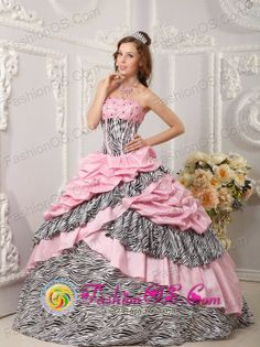 Pink Quinceanera Dress Taffeta and Zebra For Sweet 16 With Pick-ups Beading Ball Gown in Bolivia Style QDZY017FOR
