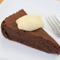 Receta de Pastel de Nutella con Dos Ingredientes: 4 huevos y 240g de Nutella