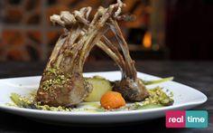 Real Time è: Cucina Con Ale con Alessandro Borghese. Costolette mai abbastanza. Guarda la ricetta su www.realtimetv.it/web/cucina-con-ale