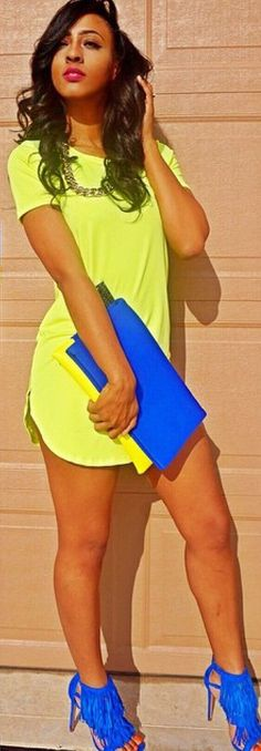 love these t short dress, good idea with matching handbag and shoes