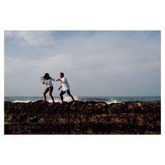 Visit us  http://www.albertosagrado.com/work/fotos-preboda-en-la-playa-al-amanecer/ #play#beach#sunrise#amanecer#engagement#bodasenverano#bodasenespaña#quierofotosasidemiboda#weddings#albertosagradophotographer#clouds#color#colours#rocas#prebodas#prebodas
