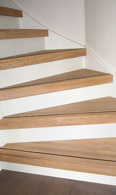 Open Trap Dicht Maken | Traprenovatie Open & Dicht Trappen Open Trap, Stair Slide, Stair Renovation, Steel Stairs, Concrete Stairs, Stair Landing, Outdoor Stairs, Painted Stairs, Basement Stairs