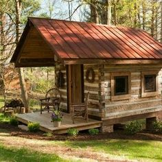 Log cabins 413346072035951667 - Boone Vacation Rental – VRBO 93419 – 2 BR Blue Ridge Mountains Cabin in NC, Antique Log Cabin-Near Boone-New Kitchen/Dsl/Hd TV Source by sebastienespagn Small Log Cabin, Tiny Cabins, Little Cabin, Tiny House Cabin, Log Cabin Homes, Cabins And Cottages, Little Houses, Log Cabins, Tiny Houses