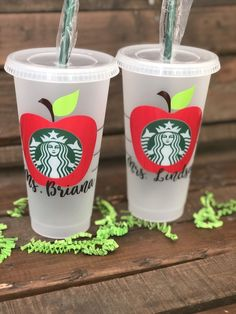 Teacher Cold Cup / Starbucks Cold Cup / Teacher gift - Best Picture For DIY decorating home For Your Taste You are looking for something, and it is goin - Starbucks Logo, Starbucks Tumbler, Starbucks Cup Design, Personalized Starbucks Cup, Custom Starbucks Cup, Starbucks Drinks, Personalized Cups, Enchanted Rose, Green Mountain