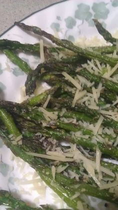 The best Asparagus with 5 ingredients!  Come one, come all!