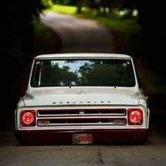 Devilish Chevy. #chevy #slammed #stanced #bagged #oldschool #tbt #throwback #throwbackthursday #truckdaily #layingframe #hotrod #trucks #jj #love #instagood #igers #igdaily #xsauto #bornauto #xenonsupply