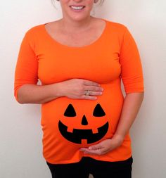 Maternity Halloween shirt jack o lantern pumpkin in the bump area, maternity clothes, costume, fall, Halloween #halloween #mom