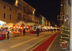 Christmas markets, in Villafranca, Dec. 1-24, in Piazza Giovanni XXIII, and Dec. 20-24 in Via Pace, about 46 miles west of Vicenza; live music and entertainment, wooden chalets featuring local holiday crafts, food specialties,  and hot chocolate;