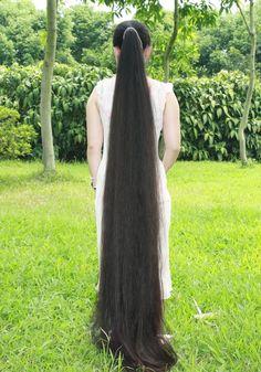 Fairy tale (floor) length hair.