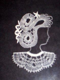 Parchment Craft, Bobbin Lace, String Art, Crochet Necklace, Cupcakes, Crafts, Embellishments, Bobbin Lace Patterns, Blue Prints