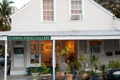 Make sure to check out the current show at Fleming St. Gallery, near other shopping and decor shops at 830 Fleming. #globalphile #travel #tips #destination #keywest #fl #usa #art #gallery #decor #lonelyplanet http://globalphile.com/city/key-west-florida/