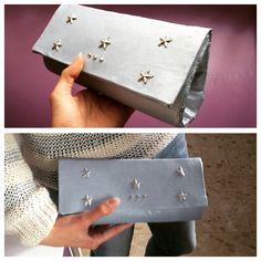 Bolso de mano con estructura interna. Diseño propio.