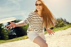 Girl playing frisbee by Fritz Philipp - Photo 46396344 - 500px
