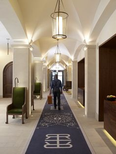 Refinery Hotel New York, Luxury Hotel in the USA, SLH