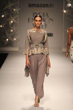 By designer Malini Ramani. Shop for your wedding trousseau, with a personal shopper & stylist in India - Bridelan, visit our website www.bridelan.com  #Bridelan #bridelanindia #MaliniRamani #amazonindiafashionweek #amazonfashionweek2016 #autumnwinter