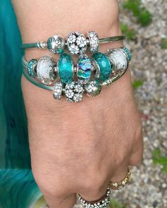 Light and bright for a day with humidex over 40C . Pandora teals, turquoise and…