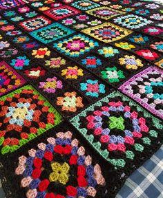 Transcendent Crochet a Solid Granny Square Ideas. Inconceivable Crochet a Solid Granny Square Ideas. Granny Square Crochet Pattern, Crochet Squares, Crochet Granny, Crochet Motif, Crochet Yarn, Afghan Patterns, Crochet Blanket Patterns, Crochet Afghans, Granny Square Häkelanleitung