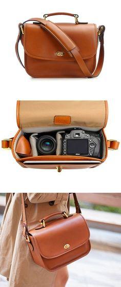 Esta bolsa en la que te cabrá hasta tu cámara y no romperá tu estilo.   17 Accesorios que toda chica necesita para viajar