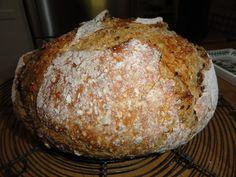 Down to Earth: Five minute bread Bread Recipes, Baking Recipes, Vegan Recipes, Vegan Food, Cooking Bread, Bread Baking, How To Make Sandwich, How To Make Bread, Bread Rolls