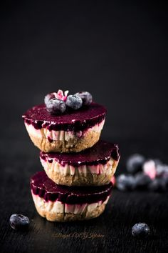 Blueberry Vegan Cheesecake - Binjal's VEG Kitchen