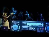 A Umbria Jazz, John Scofield ed Esperanza  Spalding convincono il pubblico del Santa Giuliana (video TO) - TUTTOGGI.info