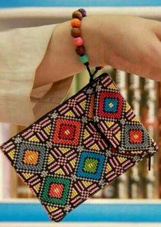 Great with a bangle. Cross Stitch Needles, Cross Stitch Rose, Cross Stitch Charts, Cross Stitch Designs, Cross Stitch Patterns, Embroidery Bags, Flower Embroidery Designs, Cross Stitch Embroidery, Embroidery Patterns