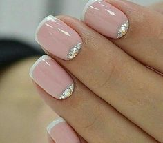 French Nail Art designs are minimal yet stylish Nail designs for short as well as long Nails. Here are the best french manicure ideas, which are gorgeous. French Nail Art, French Tip Nails, Pink French Manicure, French Pedicure, French Manicure Designs, Pink Manicure, Mani Pedi, Black French Nails, French Polish