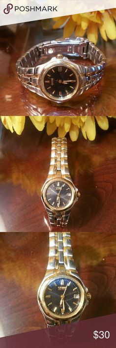 Citizen Eco Drive Ladies Watch Scratched face... Silver and gold with navy face... great watch just needs a little TLC Citizen Accessories Watches