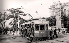 Tranvía Atocha - Carabanchel en Marqués de Vadillo, Madrid 1965 - Portal Fuenterrebollo