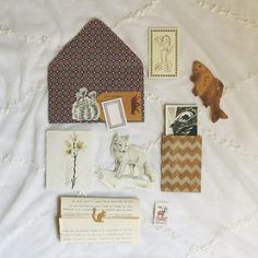 coffee lovers [creative and inexpensive] A letter for Sara iwasmadeforlovingyou that still not arrived yet.A letter for Sara iwasmadeforlovingyou that still not arrived yet. Envelope Lettering, Envelope Art, Hand Lettering, Snail Mail Pen Pals, Snail Mail Gifts, Aesthetic Letters, Mail Art Envelopes, Pen Pal Letters, Happy Mail