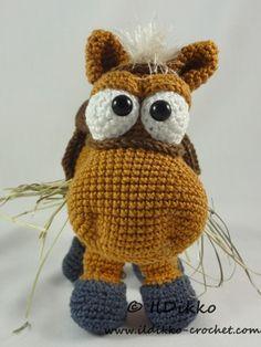 Herbert the Horse – Amigurumi Crochet Pattern |