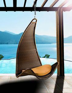 homedesigning:    Zen Curve Hanging Chair