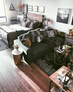 If you are looking for Studio Apartment Decor Ideas, You come to the right place. Below are the Studio Apartment Decor Ideas. This post about Studio Apartment. Studio Apartment Living, Studio Apartment Layout, Studio Apartment Decorating, Studio Living, Apartment Ideas, Living Room, Small Studio Apartments, Dream Apartment, Small Studio Apartment Design