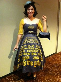 Fantastic Star Wars crawl dress.... This is like the greatest thing evvverrrr.