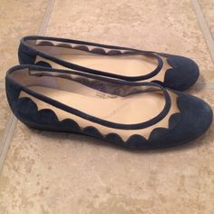 Tahari Wedge Scalloped Ballet Flats Excellent condition. Only worn a few times. Navy. Wedge is only 1 inch. Extremely comfortable. Runs a little big (these are size 7.5 but all my shoes are 8). Tahari Shoes Flats & Loafers