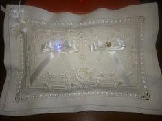 Dolci e Ricami: Il cuscino portafedi