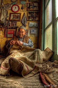Veterans of Anatolia - Picture Anadolu'nun emektar insanları – resim Veterans of Anatolia – Picture 2 - Photo D Art, Foto Art, We Are The World, People Around The World, Photos Du, Great Photos, Turkish Art, Working People, Working Hands