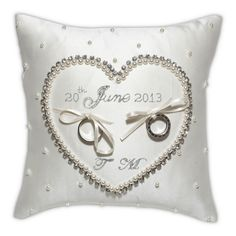Cinderella Wedding Ring Cushion | Olivier Laudus
