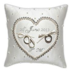 Cinderella Wedding Ring Cushion | Olivier Laudus
