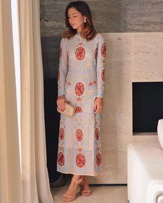 Special Monday  Aquele vestido midi que você quer usar todos os dias  Amei @blackbirds_store  #dehoje #ootn #lookofthenight