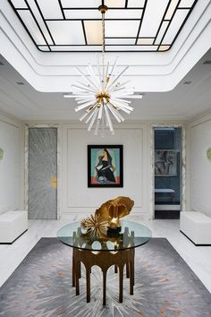The entrance area, also known as the foyer, is one area that can give a first impression of your home. Yes, because the foyer is the first area that welcomes everyone… Continue Reading → Design Entrée, Flur Design, House Design, Design Ideas, Design Projects, Design Trends, Hall Design, Entrance Decor, Entryway Decor