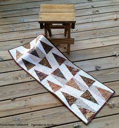 Freemotion by the River: Trail Marker - design from Scrappy Fat Quarter Quilts