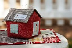I just may have to order this kit!  I love the new 'hometown' fabric line from @sweetwater