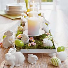 Easter Table Decorations Candles | Easy Easter Table Decorations With Small Flowers Decor And Big Candles ...