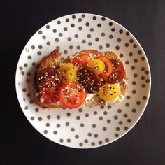 tomatoes on toast - lia burton nutrition