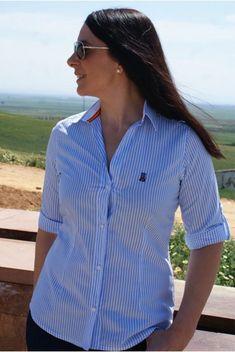 Camisa de villela con cuadros en tonos rojos y bandera de España