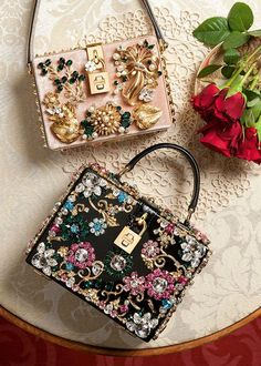 3c03f6f59f6 Dolce & Gabbana Women's Accessories Collection Winter 2016 🌸 🌹 ᘡℓvᘠ □☆□  ❉ღϠ □☆□ ₡ღ✻↞❁✦彡○⊱❊⊰✦❁ ڿڰۣ❁ ℓα-ℓα-ℓα вσηηє νιє ...